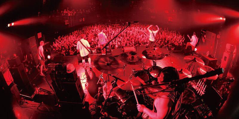 SATANIC CARNIVAL'15特集 / FACT LIVE REPORT